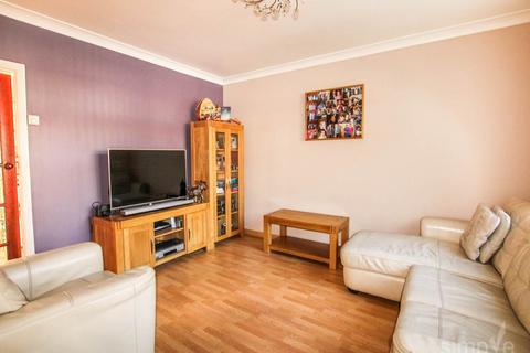 3 bedroom house to rent - Trelawney Avenue, Langley, Slough