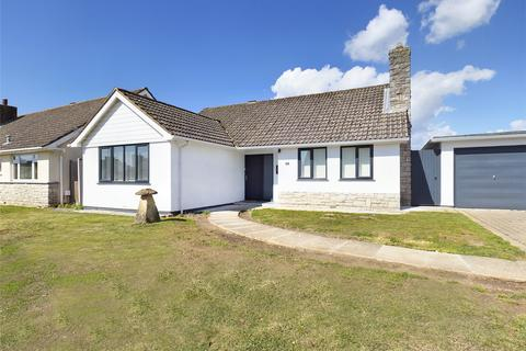 3 bedroom bungalow for sale - Imber Drive, Highcliffe, Christchurch, BH23