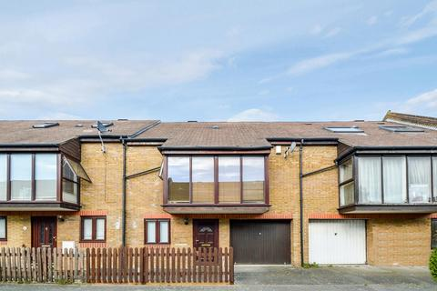 3 bedroom terraced house to rent - Canon Beck Road, Rotherhithe SE16