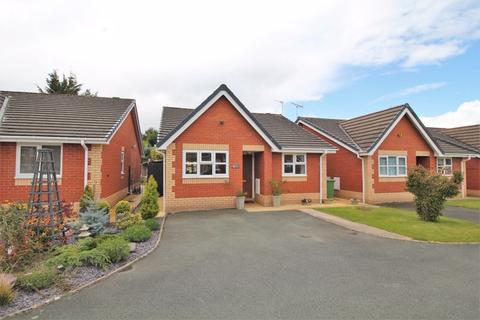 2 bedroom detached bungalow for sale - Aspen Court, Weston Rhyn