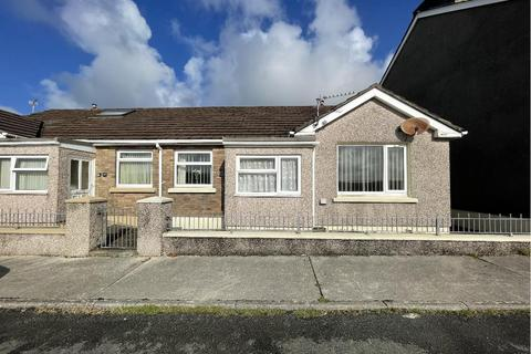 2 bedroom semi-detached bungalow for sale - Cambrian Road, Neyland