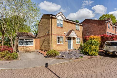 3 bedroom detached house for sale - Dunnymans Road, Banstead