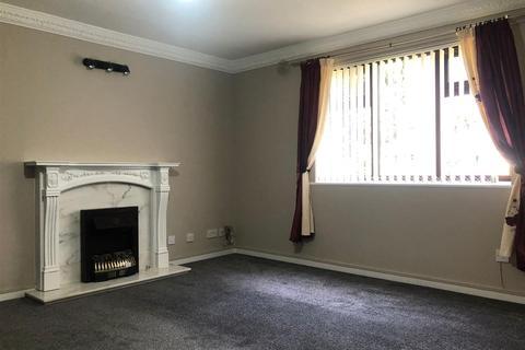 2 bedroom flat to rent - Waddington Court