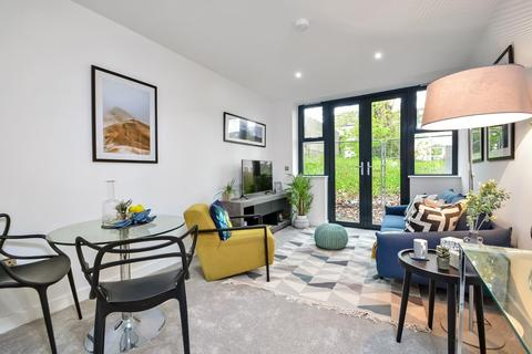 2 bedroom flat for sale - Wyndham Road, Salisbury