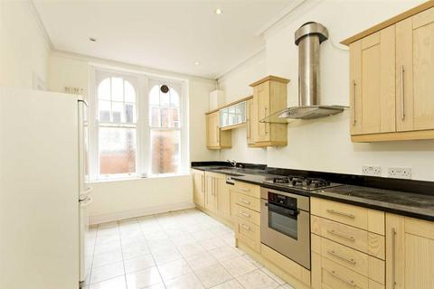 3 bedroom flat to rent - Fitzjames Avenue, London, W14