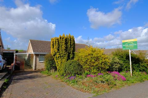 3 bedroom semi-detached bungalow for sale - Florence Avenue, Whitstable