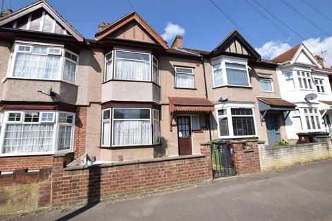 3 bedroom terraced house for sale - Farrance Road, Chadwell Heath, Romford