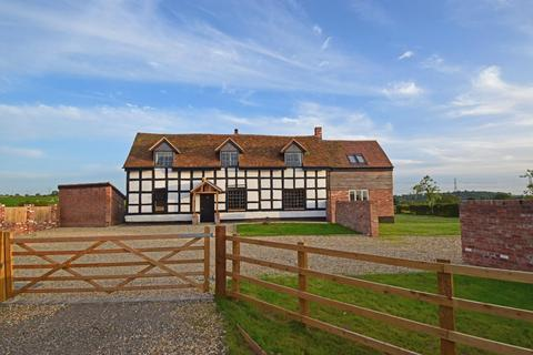 4 bedroom detached house for sale - Mutton Hall Farmhouse, Astwood Lane, Astwood Bank, Worcestershire, B96 6HJ