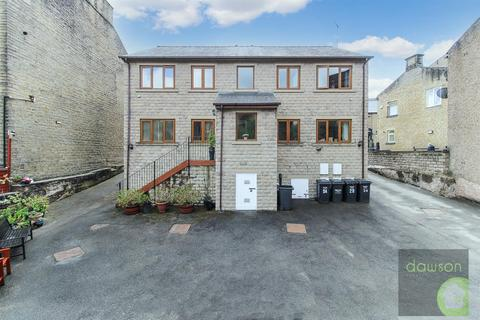 2 bedroom apartment to rent - Stainland Road, Greetland, Halifax