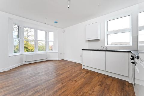 1 bedroom apartment to rent - Withdean Road, Brighton, BN1 5BL