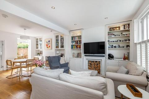 3 bedroom terraced house to rent - Horder Road, London