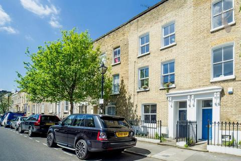 6 bedroom detached house to rent - Chisenhale Road, Bow, London