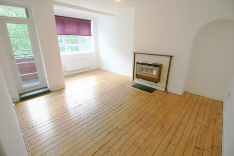 3 bedroom flat to rent - Gascoyne House, HACKNEY E9