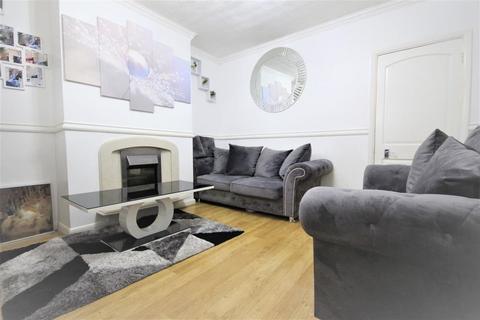 2 bedroom terraced house for sale - Kent Road, Dagenham