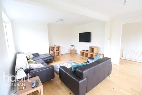 2 bedroom flat to rent - Manor Road, Dagenham