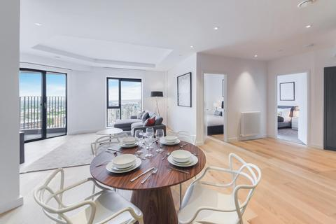 3 bedroom apartment to rent - Grantham House, London City Island, London, E14