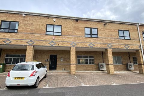 2 bedroom apartment to rent - St Luke's House, Emerson Way, Emersons Green, Bristol, BS16