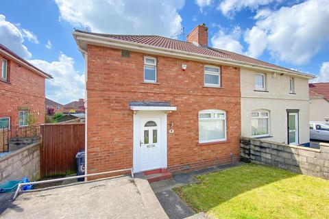 3 bedroom semi-detached house for sale - Carisbrooke Road, Bristol, BS4 1SA