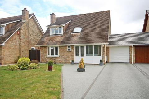 3 bedroom detached house for sale - Mendip Close, New Milton, BH25