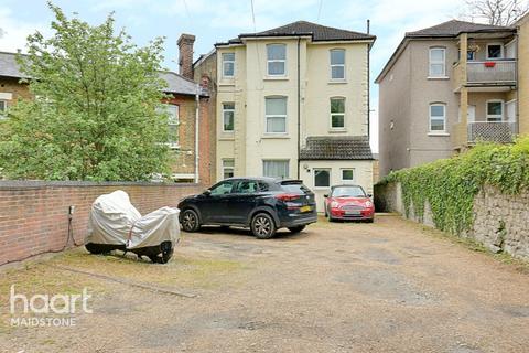 1 bedroom apartment for sale - Tonbridge Road, Maidstone