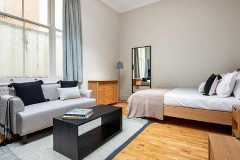 Studio to rent - REF: 10831 | Studio Apartment | Lancaster Gate | W2