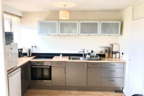 1 bedroom flat for sale - Goulden House Bullen Street, London, SW11