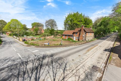 3 bedroom detached house for sale - Compton Street, Compton, Winchester, SO21