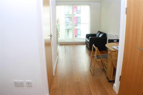 Studio to rent - Conington Road, London, SE13 7FB