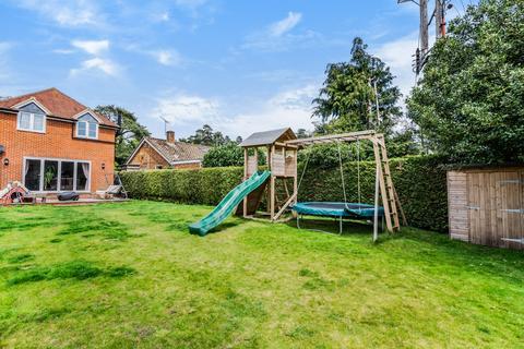 3 bedroom detached house for sale - Longmoor Road, Greatham