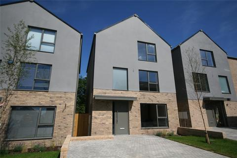 5 bedroom detached house to rent - Leckhampton Rise, Cheltenham, GL53