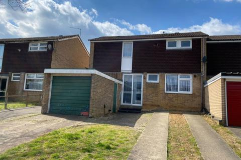 3 bedroom semi-detached house for sale - Tonmead Road, Thorplands, Northampton NN3 8HU