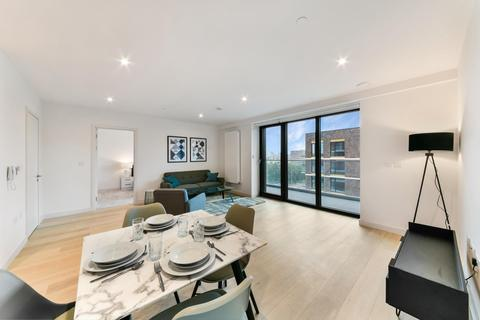 1 bedroom apartment to rent - James Cook Building, Royal Wharf, London, E16