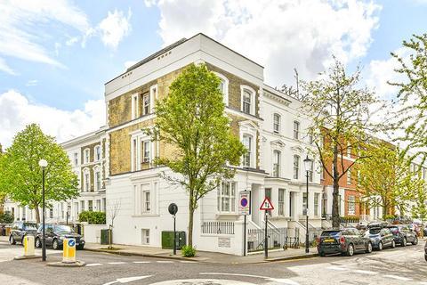 2 bedroom flat for sale - Abingdon Road, London, W8
