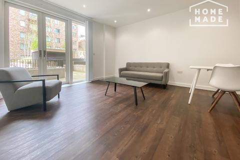1 bedroom flat to rent - Royal Albert Wharf, Wallis Walk E16