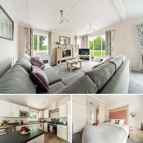 3 bedroom holiday lodge for sale - Holderness Country Park, Southfield Lane, Tunstall, East Riding of Yorkshire HU12