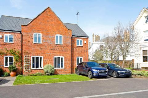 3 bedroom semi-detached house for sale - Pittville Circus, Cheltenham, Gloucestershire, GL52