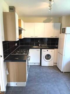 4 bedroom apartment to rent - Kingsdown Close, Bermondsey, SE16 3DW