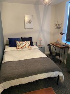 5 bedroom house share to rent - Horsham Street Salford M6