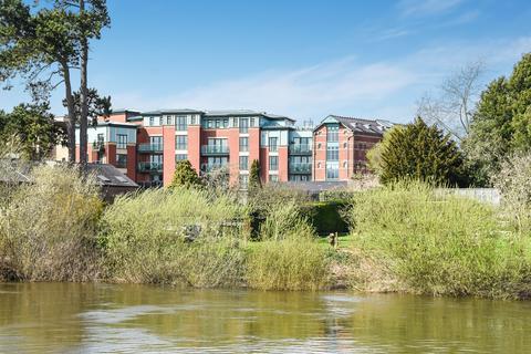 3 bedroom apartment for sale - Riverview Court, Bridge Street, Hereford, HR4 9BQ