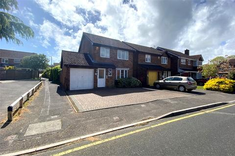 3 bedroom detached house for sale - Beauchamps Gardens, Littledown, Bournemouth