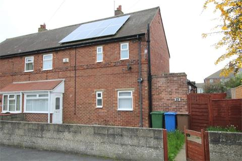 3 bedroom semi-detached house for sale - Seathorne, WITHERNSEA, East Riding of Yorkshire