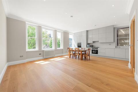 2 bedroom flat for sale - Disraeli Road, SW15
