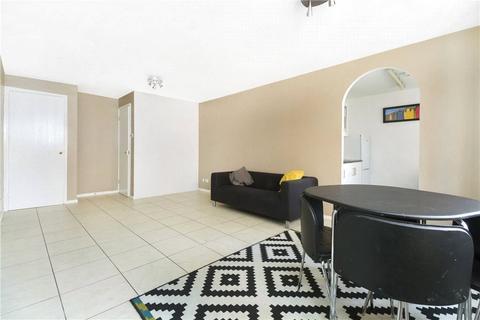2 bedroom apartment to rent - Gainsborough Court, Stubbs Drive, SE16