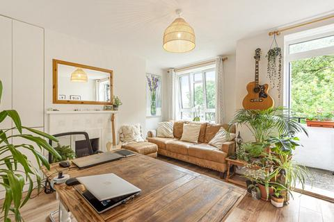 1 bedroom flat for sale - Weir Road, Balham