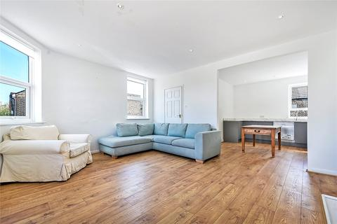 2 bedroom apartment to rent - Shuttleworth Road, London, SW11