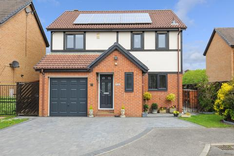 4 bedroom detached house for sale - Linden Park Grove, Ashgate, Chesterfield