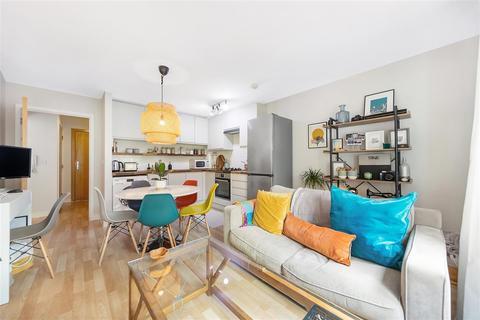 1 bedroom flat for sale - Scott Avenue, SW15