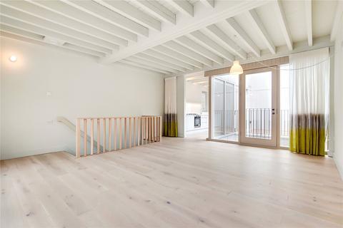 2 bedroom maisonette to rent - Crosland Place, London