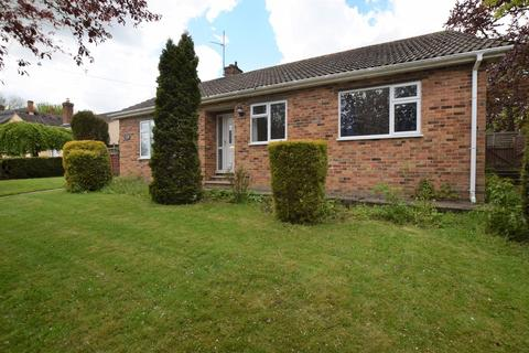 3 bedroom detached bungalow to rent - Molesworth, Huntingdon