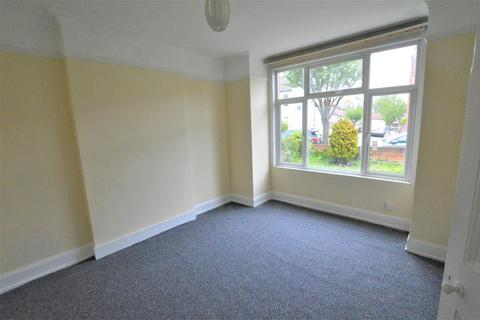 3 bedroom semi-detached house to rent - Lincoln Road, London